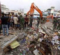 Balance provisional de autoridades reportan 99 muertos y más de 700 heridos. Foto. EFE