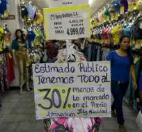 CARACAS, Venezuela.- Venezuela sufre la mayor inflación del mundo, estimada en 475% para 2016 por el FMI. Foto: Crítica.com.pa.