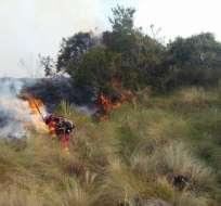 Hasta el momento se han afectado más de 60 hectáreas. Foto: Bomberos Cuenca