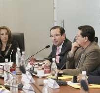 QUITO, Ecuador.- El ministro de Comercio Exterior compareció ayer ante la Comisión de Desarrollo Económico, encargada del informe sobre el acuerdo con la UE. Foto: Asamblea Nacional