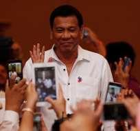 Rodrigo Duterte reveló que mató a presuntos delincuentes para aleccionar a la Policía. Foto: Archivo EFE