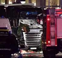12 personas fallecieron tras el atropello múltiple con camión en el mercadillo de Berlín. Foto: AFP