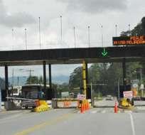 SANTO DOMINGO.- La vía Alóag-Santo Domingo es uno de los accesos por el que circulan a diario alrededor de 25. 000 vehículos. Foto: Archivo.