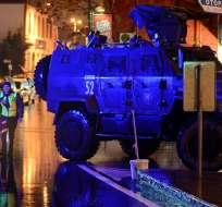 ESTAMBUL, Turquía.-  Los testigos del ataque  aseguran que los atacantes gritaban consignas en árabe. Foto: Mundo Sputnik News.