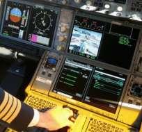 El vuelo estaba programado para la ruta de Calgary a Cancún, pero fue detenido antes del despegue.