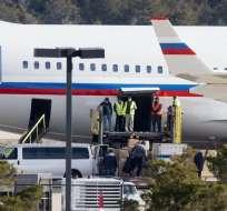 WASHINGTON, EE.UU.- Familiares de los diplomáticos también viajaban en el avión fletado especialmente desde Rusia.