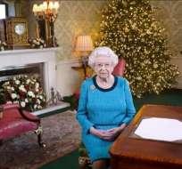 LONDRES, Reino Unido.- La reina Isabel II, en el mensaje de Navidad el 2016. Foto: El Periódico Perú.