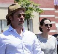 LOS ÁNGELES, EE.UU.- A finales de diciembre, Pitt acusó a Jolie de poner en riesgo la intimidad de sus hijos. Foto: El Mundo.es.