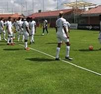 La 'MiniTri' entrena diariamente en la Casa de la Selección. Foto: Tomada de la cuenta Twitter @FEFecuador