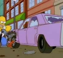 Uno de los mayores enigmas ha sido qué automóvil conduce Homero Simpson.