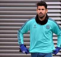 El goleador Diego Costa volvió a entrenar con el primer plantel del Chelsea.