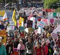 """EE.UU.- Los manifestantes rechazan """"despectivas"""" declaraciones del presidente sobre las mujeres. Foto: AFP"""