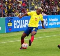 El volante nacional sufrió un golpe en la cabeza en el duelo ante Brasil. Foto: API
