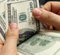 """""""Deudores de buena fe"""" aseguran que beneficia a grandes deudores del feriado bancario. Foto referencial / Internet"""