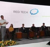 """En la firma del convenio con Yachay, Red Tech aseguró que """"va a trabajar directamente y compartir tecnología con Tesla"""". Foto: Flickr de Yachay."""