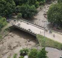 NEIVA, Colombia.-En el municipio de Campoalegre se reportaron taponamientos de vías y viviendas destruidas. Foto: Tomado del portal colombiano La Nación.