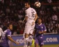 El delantero argentino marcó uno de los goles de Liga de Quito. Foto: API