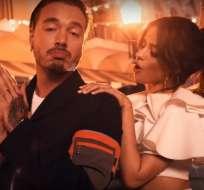 Los cantantes protagonizaron un sexy video grabado en varias locaciones de Cuba. Foto: Captura Video.