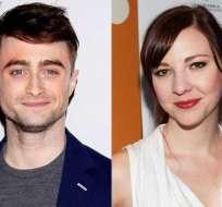 Fuentes cercanas a actor de Harry Potter dicen que se comprometió con su novia Erin Darke. Foto: Collage.