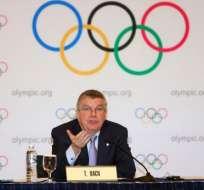 El presidente del COI, Thomas Bach, trataría de llegar a un acuerdo con las sedes de Paris y Los Angeles. Foto: AFP