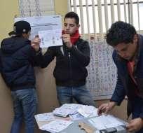 Figuras políticas piden recuento de votos tras dudas sobre resultados del CNE