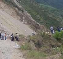 Deslave en Pimampiro destruyó 60 metros de la carretera en el cantón de Imbabura. Foto: Cortesia