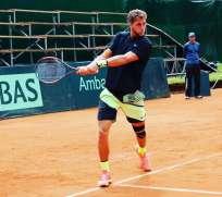 Roberto Quiroz perdió en 4 sets 6-7(6) 7-6(0) 6-3 7-6(7) ante el brasileño Thiago Monteiro. Foto: Tomada de @RobertoQuirozG