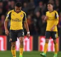 El chileno Alexis Sánchez fue titular con el Arsenal, que cayó en su visita ante Crystal Palace.