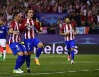 Antoine Griezmann (c.) anotó el único gol del compromiso. Foto: AFP