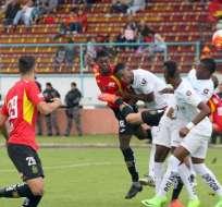 Deportivo Cuenca y Universidad Católica empataron a dos goles en la capital azuaya.
