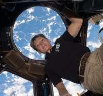 Whitson era ya la mujer astronauta y caminante espacial más experimentada en el mundo. Foto: AFP