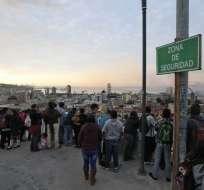 CHILE.- Las réplicas están concentradas en un área muy reducida, en torno al epicentro del sismo, que se ubicó a 72 km al oeste de la ciudad portuaria de Valparaíso. Foto: AFP