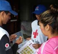 La Cruz Roja dispuso 38 ambulancias y 19 vehículos de apoyo para atender posibles emergencias en el feriado de 1 de Mayo. Foto: Twitter 1 de Mayo.
