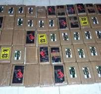 Seis personas fueron detenidas y más de 340 kilos de cocaína decomisados. Foto: Ministerio del Interior