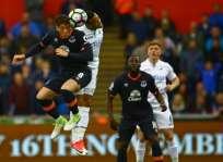 Everton aún sigue en la pelea por un cupo para torneos internacionales. Foto: AFP