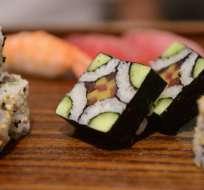 El pescado no cocido del sushi es ideal para la transmisión de enfermedades parasitarias.