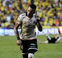 Jonatan Álvez marcó uno de los goles en la victoria de Barcelona ante Independiente del Valle. Foto: API
