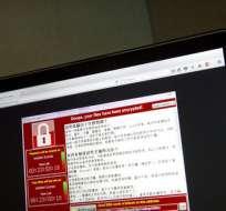 WASHINGTON, EE.UU.- El ataque se produjo un día después de que Donald Trump firmara una orden ejecutiva llamando a mejorar la seguridad cibernética. Foto: AP.
