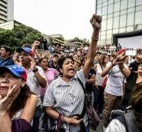 VENEZUELA.- El centro de la capital y los alrededores del ministerio amanecieron tomados por centenares de policías y guardias nacionales. Foto: AFP