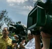 Organización internacional está preocupada por multas y procesos contra medios y periodistas. Foto referencial / elestimulo.com