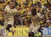Jonatan Álvez (i.) anotó el gol de la victoria para los 'Toreros'. Foto: API