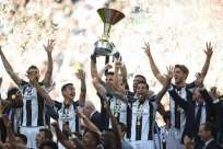 Juventus logra su sexto título consecutivo en la liga italiana. Foto: AFP