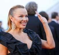 """CANNES, Francia.- La ex protagonista de """"Baywatch""""  asistió al estreno de """"120 pulsaciones por minuto"""". Foto: AFP."""
