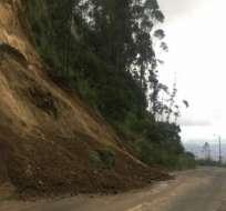 La Agencia Metropolitana de Tránsito cerró la vía a la circulación vehicular y peatonal. Foto: Tomada de Twitter Deporte Quito.