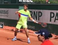 Roberto Quiroz jugará este viernes la tercera ronda de clasificación ante Maxime Hamou. Foto: Tomada de la cuenta Twitter @RobertoQuirozG