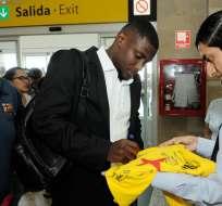 Marcos Caicedo (i.) pertenece al León de México, equipo que lo quiere vender. Foto: API