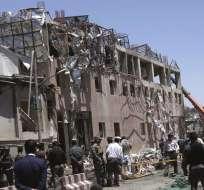 KABUL, Afganistán.- El ataque, uno de los más violentos contra esta zona ultraprotegida en donde hay numerosas embajadas. Foto: AP