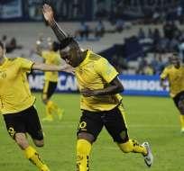 Luis Bolaños marcó de penal el gol de la clasificación para el elenco ecuatoriano.