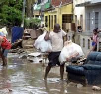 BRASIL.- Lluvias torrenciales y aludes de lodo mataron a 12 personas en dos estados del noreste brasileño. Foto: AFP