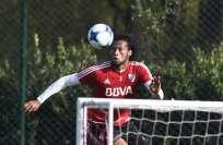Arturo Mina se encuentra entrenando con la reserva de River Plate en Argentina. Foto: Archivo